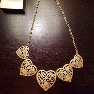 Jewelry - Gorgeous heart necklace